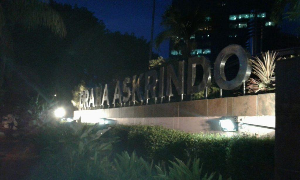 Referensi Toko Pembuatan Neon Box, Huruf Timbul, Laser Cutting, Terbaik di Jakarta