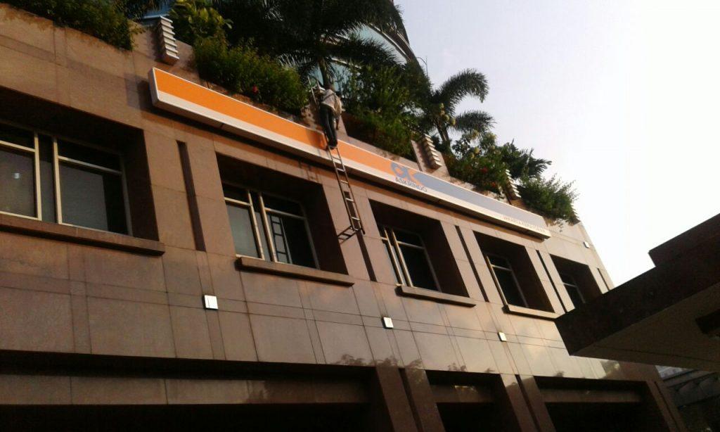 Perusahaan Jasa Pembuatan Outdoor Signage Neon Box Acrylic di DKI Jakarta,